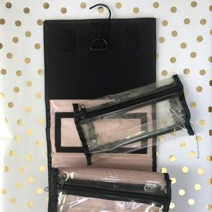 Mary Kay Makeup - MARY KAY TRAVEL ROLL-UP BAG & ORGANIZER